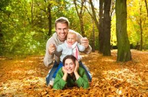 Glückliche Familie durch einen Kredit