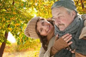 Zwei Senioren in Rente